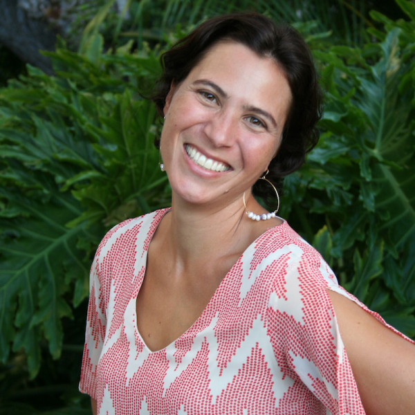 Janine Cuthbertson, Founder & Owner of Moms for Moms Communities